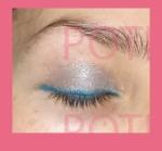 delineado azul verdoso