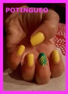 unas-amarillas-y-verdes-rayas