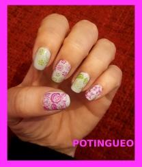 Flores rosas y verdes